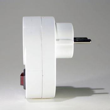 steckdosen schalter mit berspannungsschutz steckdose ein aus 230c max 3500w ebay. Black Bedroom Furniture Sets. Home Design Ideas