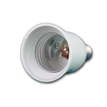 adaptersockel e14 zu e27 leuchtmitteladapter led konverter lampensockel adapter ebay. Black Bedroom Furniture Sets. Home Design Ideas