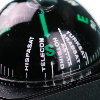 sat compass  align  satellite finder satfinder astra