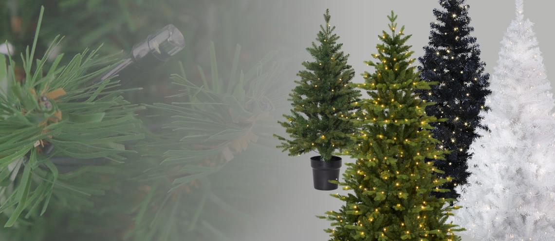 Künstlicher Tannenbaum mit LED Beleuchtung