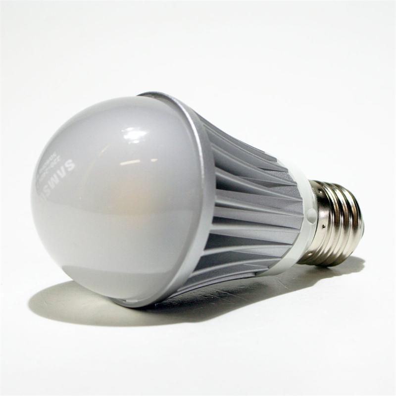 Samsung LED-Lampe | E27 | 7,2W/230V | warmweiß | 490lm