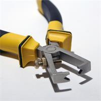 Zange aus gehärteten Werkzeugstahl mit V-förmiger Schneidöffnung