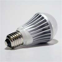 LED Glühbirne mit dem Maß 68x125mm im ansprechenden modernen Design