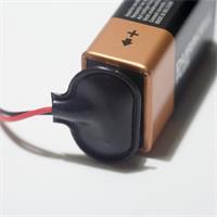 Anschlussbeispiel für Batterieclip an 9V-Block-Batterie