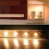LED Lichtleiste mit SMD LEDs für eine gleichmäßige Ausleuchtung