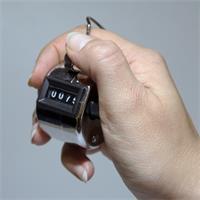Zahlenzähler mit Fingerringhalter perfekt für den Einsatz in Beruf und Freizeit