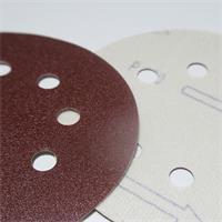 Schleifscheiben mit Haft-Klettunterseite für sicheren Halt am Werkzeug
