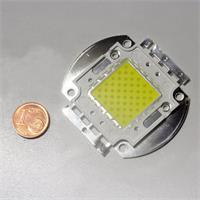 HighPower LED mit 50 LED-Chips in einer Linse