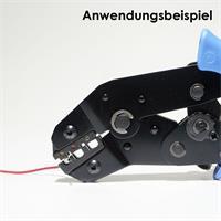 Endhülsen für Kabel werden mittels geeigneter Zange verpresst