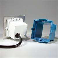 230V LED Einbauspot IP54 eckig mit gebürsteter Edelstahl-Flontplatte und Milchglas