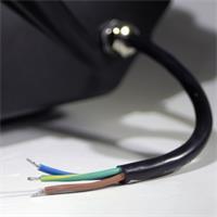 LED Strahler mit direkten Anschluss an 230V und Schutzklasse IP54