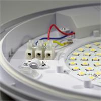 LED Wohnraumlampe mit SMD LEDs wird direkt an 230V angeschlossen