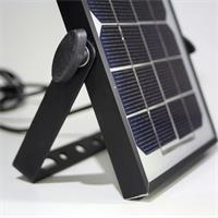Solarpanel zum Aufladen des integriertes Akku des LED Fluters