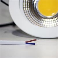 LED Downlight für 230V mit ca. 10W Verbrauch und losen Kabelenden