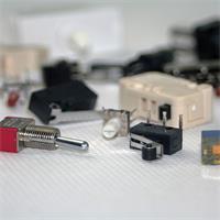 Sortiment bestehend aus z.B. Mikroschalter mit Rolle und Kippschalter
