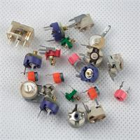 Keramik-Trimmkondensatoren mit verschiedenen Typen und Ausführungen