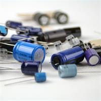 Kondensatoren-Set geeignet für Lastschaltungen mit langer Lebensdauer