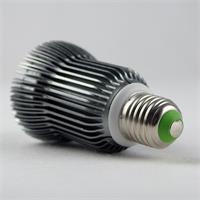 LED Strahler mit Sockel E27 für Spannung 230V