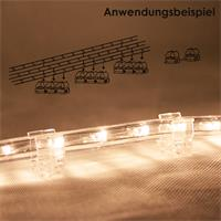 LED Lichtband wird einfach in die Halterung gedrückt