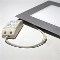 LED Raumleuchte mit Trafo zum direkten Anschluss an 230V