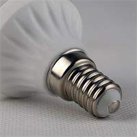 LED Glühbirne Sockel E14 für 230V mit nur ca. 5W Verbrauch