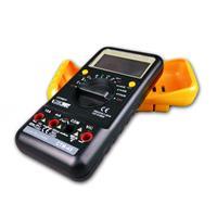 Multimeter zur Messung von elektrischen Größen in der Elektrotechnik