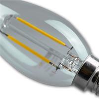 LED Energiesparlampe in Kerzenform mit dem Maß 35x126mm und dem Eindruck eines Glühfadens