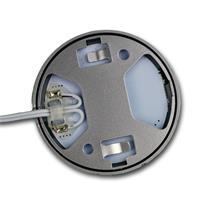 LED Leuchten können mittels praktischen Klebepads befestigt werden