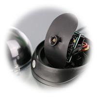 24 Hochleistungs-LEDs für max. 20m Sichtweite im Dunkeln
