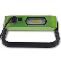 praktische LED Taschenlampe mit Powerbank zum Aufladen von Handy und Tablet
