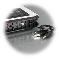 LED Standleuchte mit Solarpanel und USB Aufladekabel