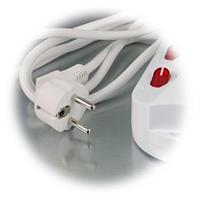 Mehrfach-Steckdosenleiste mit Anschlusskabel und Schutzkontaktstecker