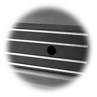 magnetische Werkzeugleiste mit zwei Haltebohrungen