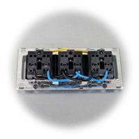 Einfach zu installierender Steckdosenblock der Serie DELPHI