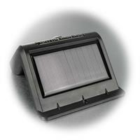 LED Wandstrahler mit großen integrierten Solarpanel