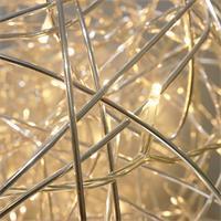 Design Leuchten in Kugelform mit warmweißen LED Lichterketten