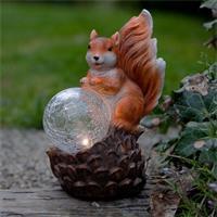LED Solarleuchte Eichhörnchen mit beleuchteter Glaskugel