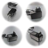 Stromversorgung mit Eingangsspannung 100 bis 240V  für 12V Geräte