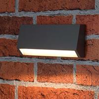 Kleine Außen-Wandleuchte mit warmweißen LEDs