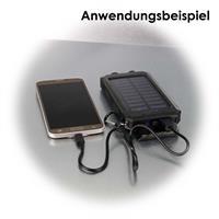 Die Powerbank lässt sich unterwegs über das Solarpanel aufladen