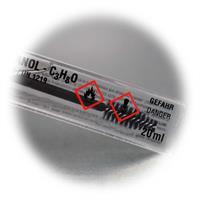 Flüssigkeit ISO-Propanol und der Dampf sind leicht entzündbar