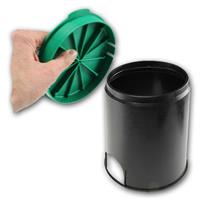 schwarzer Kunststoff mit grünem Deckel, begehbar bis max. 150kg, IP44