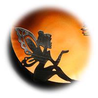 LED Dekoleuchte mit Märchenmotiv, Hintergrund amber