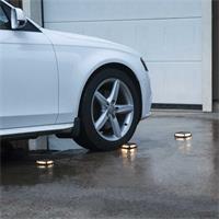 LED Solarleuchte für Einfahrten und Parkplätze