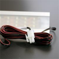 LED Leuchtmittel mit Anschlusskabel und umfangreichen Zubehör