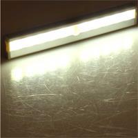 LED Unterbauleuchte mit warmweißem Licht, PIR Sensor