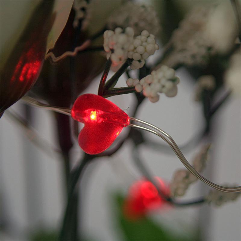 """LED Batterie-Lichterkette """"String"""" 12 rote Herzen"""