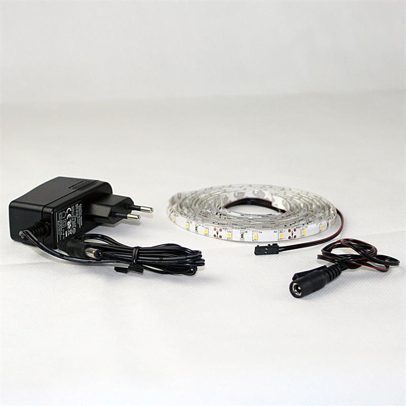 LED Lichtband Set 2,4m warmweiß + Trafo SMD-Stripe