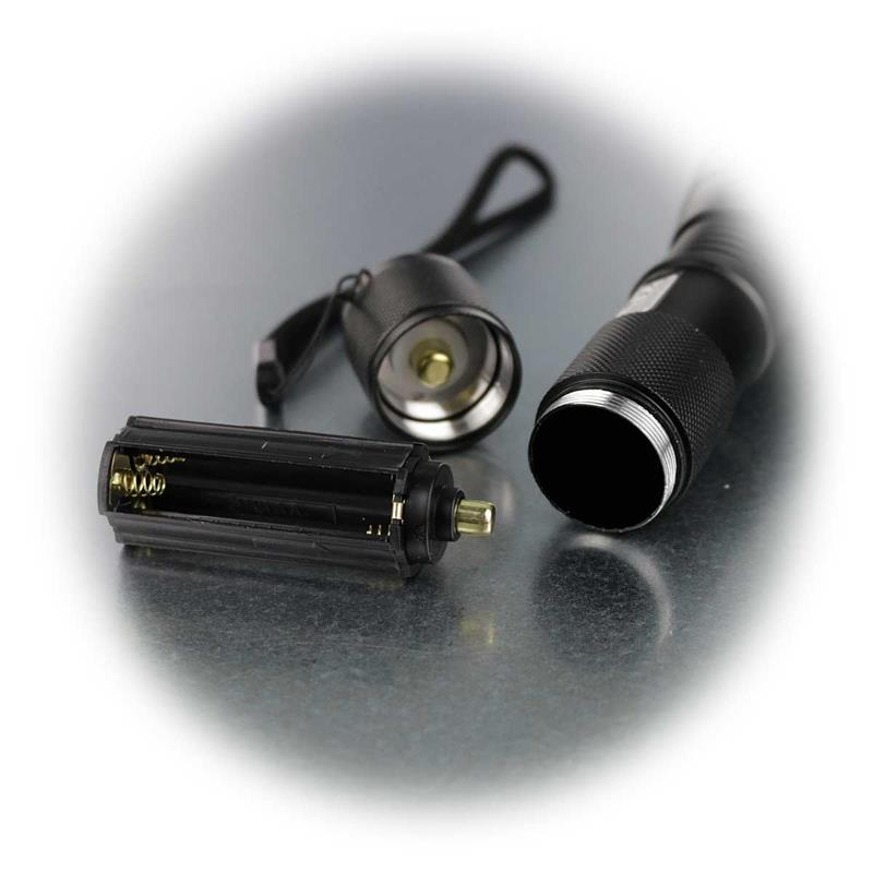 LED flashlight 10W, 350lm, zoom function, 10 watt