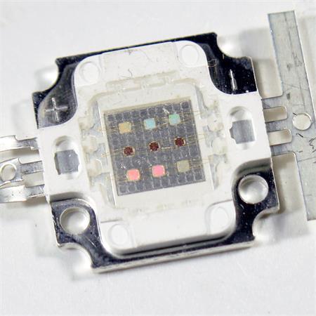 Hochleistungs LED Chip 10W RGB 350mA je rot grün blau 10 Watt Highpower ECKIG